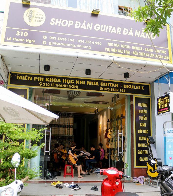 Shop đàn guitar tại �à Nẵng